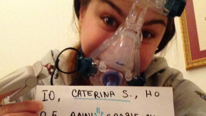 Une Italienne malade défend la recherche sur les animaux et se fait insulter